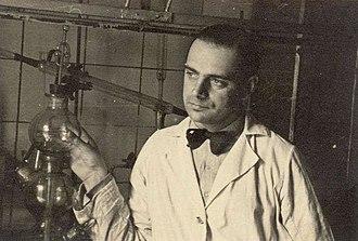 Tadeusz Pankiewicz - Pankiewicz in his Pharmacy around 1941