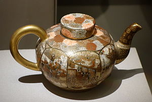 Japanese export porcelain - Satsuma ware Seikozan workshop western-style teapot, earthenware with overglaze and gold, 19th century