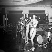 The Ladybirds opptrer i Bergen The Ladybirds performing in Bergen, Norway (1968) (8).jpg