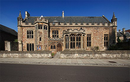 The Music School of Wells Cathedral School The Music School, Cathedral Green - Wells - geograph.org.uk - 985810.jpg