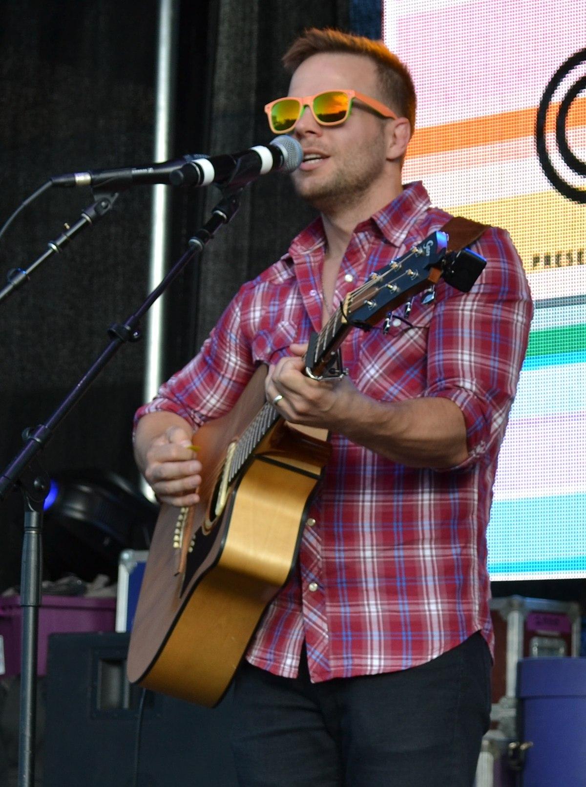 Washington Dc Tours >> Tom Goss (musician) - Wikipedia