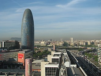 Torre Glòries - Image: Torre Agbar and Glories