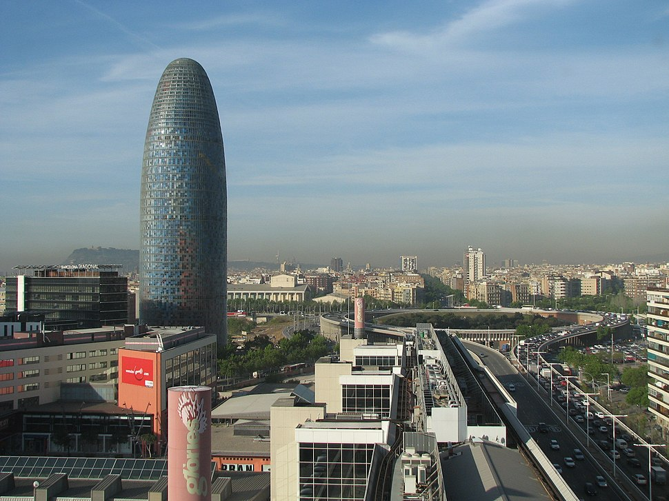 Torre Agbar e Plaça de les Glòries