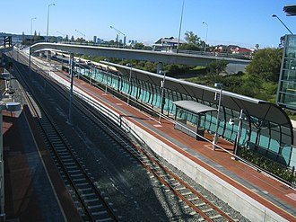 Canning Bridge railway station - Northbound view in September 2007