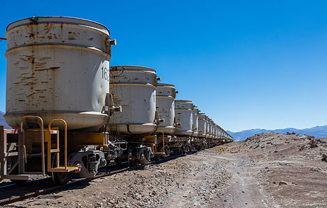 FCAB railway dedicated to mining transport near Ollagüe and direction to Antofagasta (as part of the 1,537 km (955 mi) route Antofagasta - Calama - Ollagüe - Uyuni - La Paz).