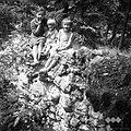 Turnškovi otroci na razvalinah starega gradišča, Ljubnica 1963.jpg