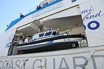 Turva Lippujuhlan päivän 2017 laivastoesittely 5 vene.JPG