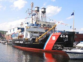 USCG seagoing buoy tender - Image: USCGC Sundew 9 July 2004