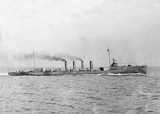 USS McCall (DD-28) - Image: USS Mc Call (DD 28) underway at sea, circa in 1911 (ggbain.08958)