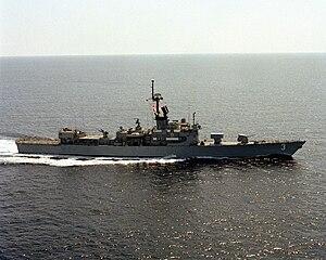 USS Schofield (FFG-3) stbd beam view