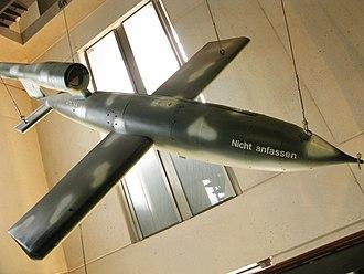 V-1 flying bomb - A V-1 on display in Musée de l'Armée