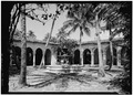 VIEW IN PATIO TO NORTHEAST - McAneeny-Howerdd House, 195 Via Del Mar, Palm Beach, Palm Beach County, FL HABS FLA,50-PALM,8-12.tif