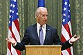 VP Biden and PM Yatsenyuk, Joint Statement, Kyiv, Ukriane, April 22, 2014 (14001116803).jpg