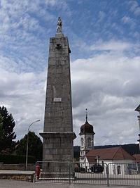 Vaux-et-Chantegrue - Pyramide.JPG