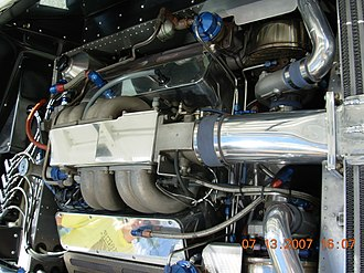Vector W8 - The 6.0 L twin-turbocharged transversely mounted Rodeck V8 engine