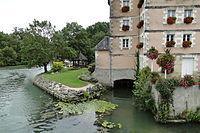Veigné - Moulin à eau (2010).jpg