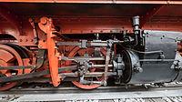 Verkehrsmuseum Dresden Schmalspur Dampflok 99 535 Treibradsatz mit Dampfzylinder VIII.jpg