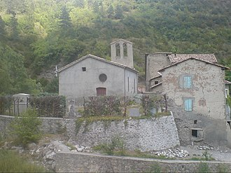 Beaujeu, Alpes-de-Haute-Provence - The church in Beaujeu