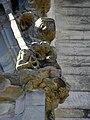 Vitré (35) Église Notre-Dame Façade sud 2ème contrefort 05.jpg