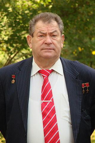 Cosmonaut Vladimir Kovalyonok, photo by Sergeev Pavel (31 August 2011)Source: Wikipedia 320px-Vladimir_Kovalyonok_05.jpg