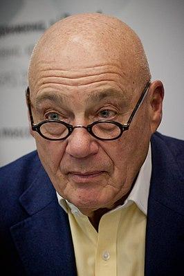 Vladimir Posner 2013 02.jpg