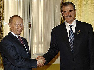 Mexico–Russia relations - Russian President Vladimir Putin with Mexican President Vicente Fox at the APEC summit in Chile; November 2004.