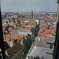 Vogelvlucht, gezien vanaf de kerktoren van de Hervormde Grote of Sint Walburgiskerk - Zutphen - 20373766 - RCE.jpg