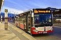 WL 8152, Südtiroler Platz-Hauptbahnhof, 2019 (01).jpg