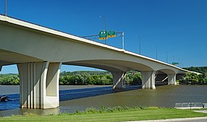 Wakota Bridge from SW.jpg