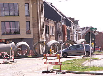 Combined sewer - A combined sewer-pipe being laid by the city's sewerage company in Ghent, Belgium.