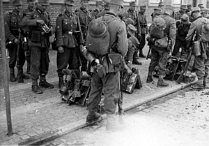 Wehrmacht soldiers in Danmark 29 or 30.4.1940.jpg