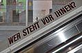Wer steht vor Ihnen?, Hauptbibliothek Wien.jpg