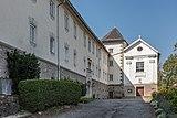Wernberg Schloss Nordseite mit Klosterkirche Zum kostbaren Blut 06092018 4562.jpg