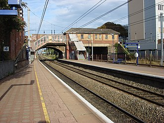 West Ealing railway station - Image: West Ealing railway station 3