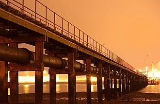Weston, Southampton - Image: Weston pipe pier
