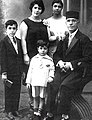 Young Hoveyda family.jpg