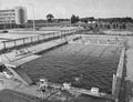 Zespół basenów kąpielowych w Ursusie lata 70.jpg