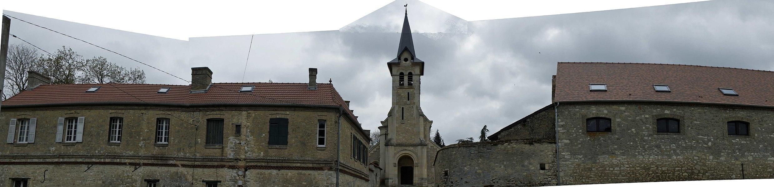 Église de Courcelles-Sapicourt.