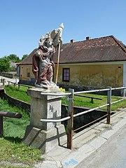 Sochy sv. Václava a sv. Jana Nepomuckého