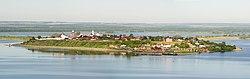Панорама Ансамбль Успенского монастыря Свияжск Татарстан.jpg