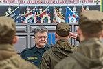 Президент України Петро Порошенко привітав молодих офіцерів з випуском 355 1 (16919793696).jpg