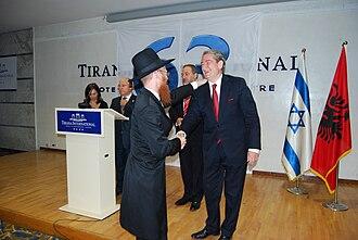 History of the Jews in Albania - The Prime Minister of Albania Sali Berisha meeting with Rabbin Yoel Kaplan in Tirana