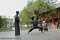 民俗塑像 folk statues - panoramio.jpg