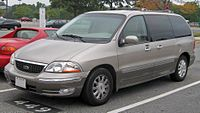 01-03 Ford Windstar Limited.jpg