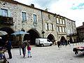 029 Monflanquin (Lot) Bastide Place centrale.JPG