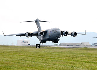 105th Airlift Wing - Image: 137th Airlift Squadron C 17 Globemaster III arriving