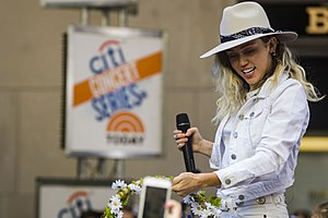 Malibu (Miley Cyrus song) - Cyrus performed the single on the Today Show on May 26, 2017.