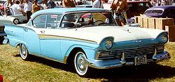 Ford Custom Limousine Modell A7 (1957)