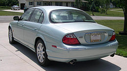 2001 Jaguar S-Type rear 34.JPG