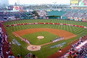 2010 Major League Baseball All-Star Game - Pre-game lineup announcements for the Taco Bell All-Star Legends and Celebrity Softball Game
